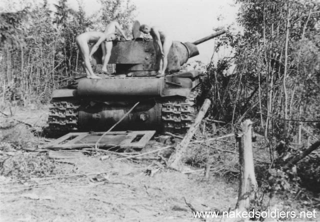 german soldiers posing nude on the soviet tank