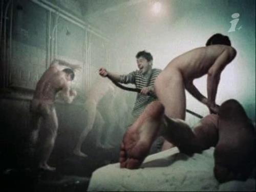 naked soldiers in showers