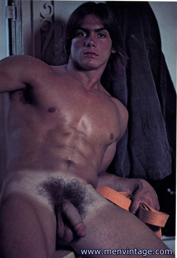 muscled guy with hairy pubes