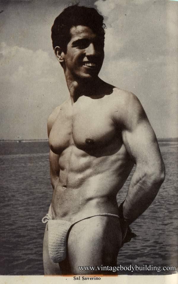 stunning bodybuilder naked