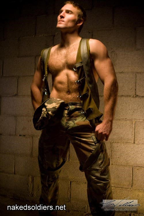 Hot military man ertoica